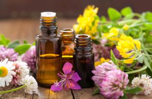 Des huiles essentielles  pour aider les patients atteints d'un cancer.